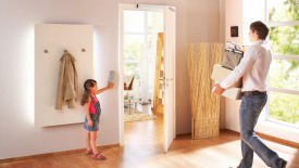 Edoors Produkte – Drehflügelantriebe, Tür geschlossen Nahansicht
