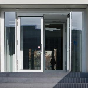 Edoors Produkte – Feststellanlagen, Tür Frontansicht