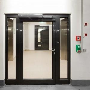 Edoors Produkte – Verriegelungssysteme, Verriegelungssystem rechts neben Tür